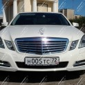 Автомобиль бизнес-класса Mercedes E-class